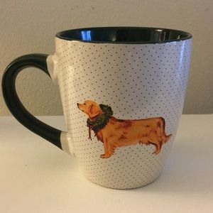 Brand new, unused coffee mug with golden retriever